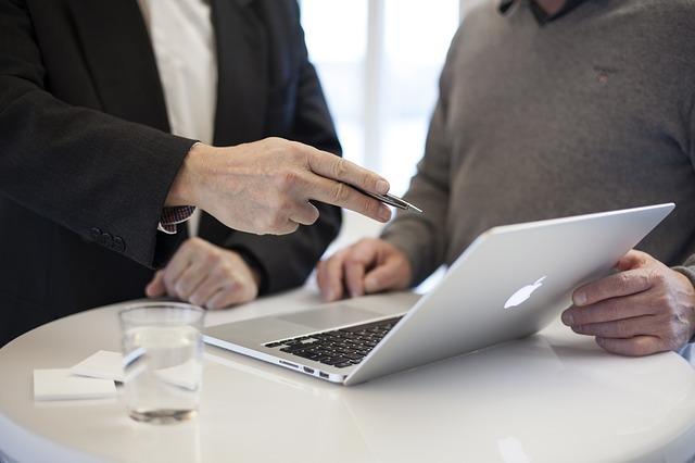 Asesoría fiscal y laboral para autonómos y pymes: externaliza